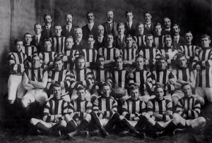 Ivanhoe's 1913 premiership team.